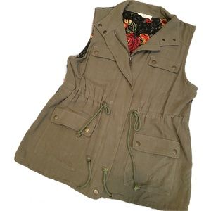 Anthro entro embroidered back lace vest small